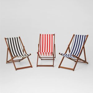 deck-chairs-for-hire-blue-black-or-red-stripe