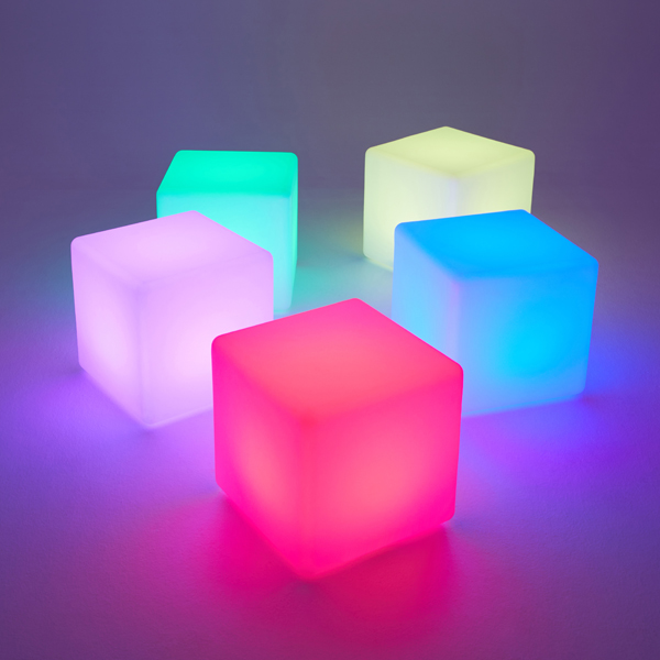 LED-cubes-coloured-for-hire